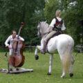Un première rencontre originale pour Marc Vieillefon : un cheval et un musicien !